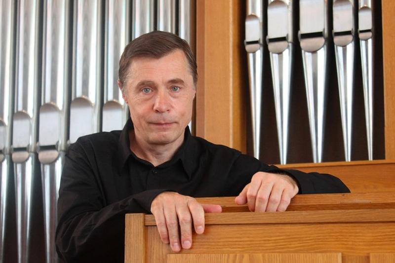 Михаил Павалий