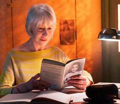 Анна Франк читает Хелен Миррен