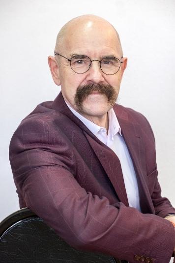 Анатолий Арефьев