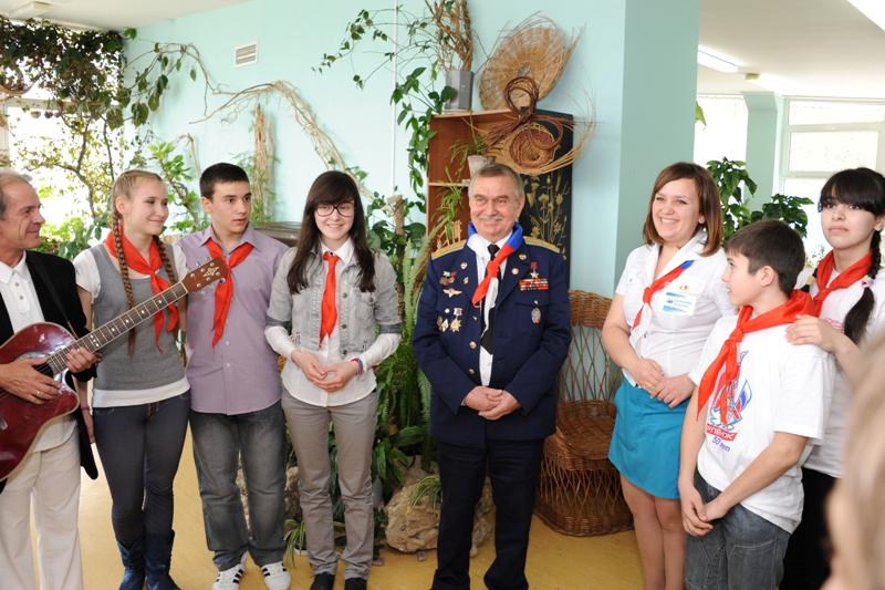 Космонавт А. Н. Березовой в «Орлёнке». 2011 г.