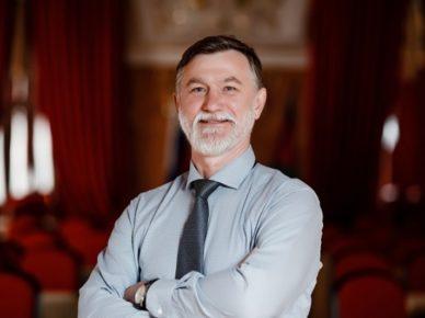 Геннадий Томилин